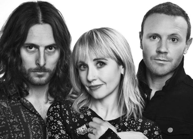 Foto The Joy Formidable k albu AAARTH